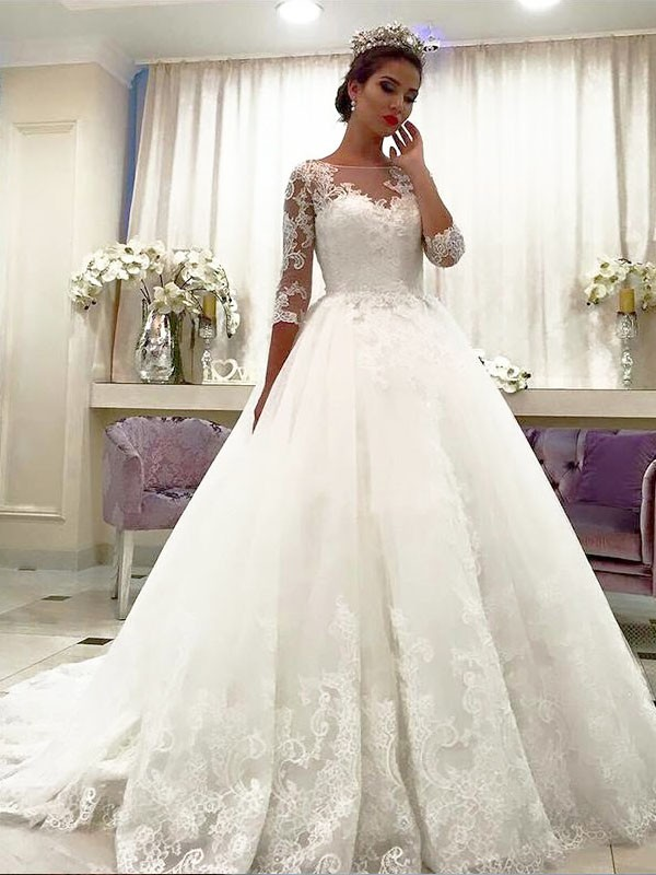 Ball Gown Tulle Bateau 3/4 Sleeves Court Train Wedding Dresses