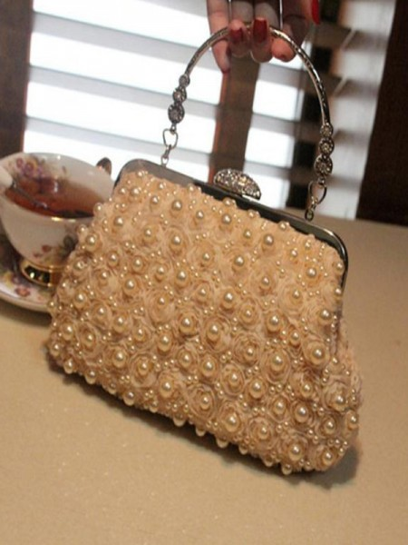 Attractive Wedding Evening/Party Handbags With Pearl