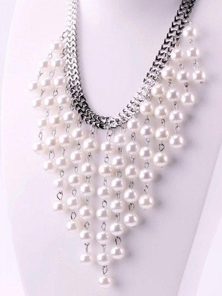 Hot Sale Luxurious Pearl Womens Necklaces