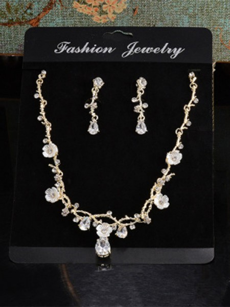 Unique Alloy With Rhinestone Women's Jewelry Set