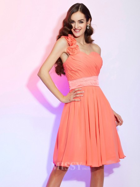 A-Line Knee-Length One-Shoulder Chiffon Bridesmaid/Evening Dress With Beading
