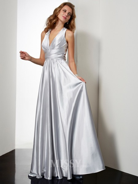 A-Line Floor-Length Halter Pleats Elastic Woven Satin Evening Dress With Applique