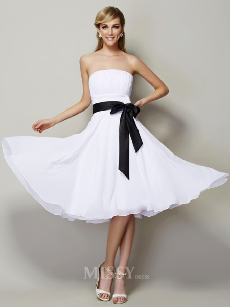 A-Line Strapless Chiffon Knee-Length Bridesmaid/Evening Dress With Rhinestone