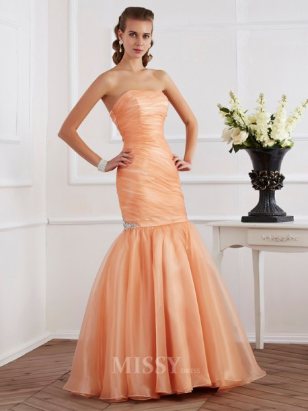Mermaid Strapless Tulle Floor-Length Evening Dress With Ruched