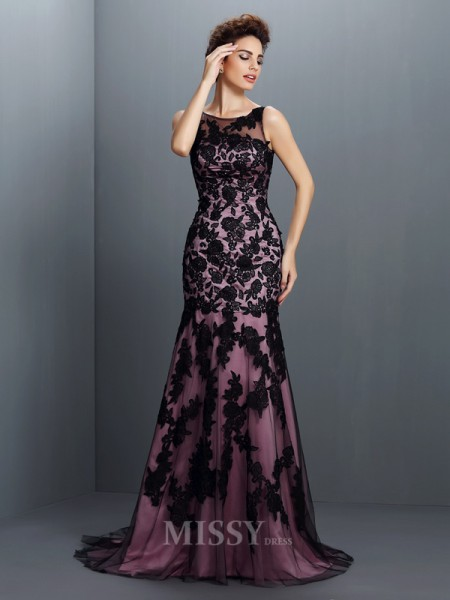 Trumpet/Mermaid Bateau Sweep/Brush Train Elastic Woven Satin Dress With Beading Applique