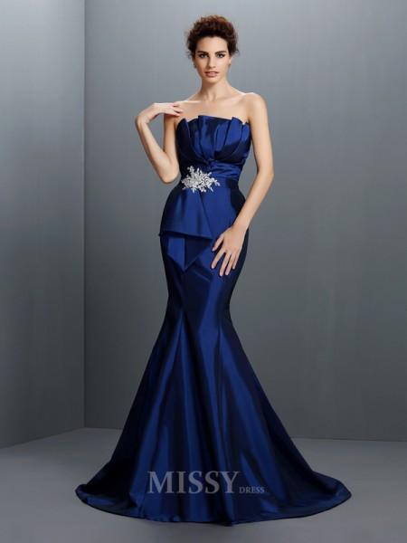 Trumpet/Mermaid Strapless Sweep/Brush Train Taffeta Dress With Lace Beading