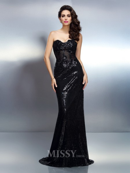 Trumpet/Mermaid Sweetheart Sweep/Brush Train Lace Dress With Embroidery Applique