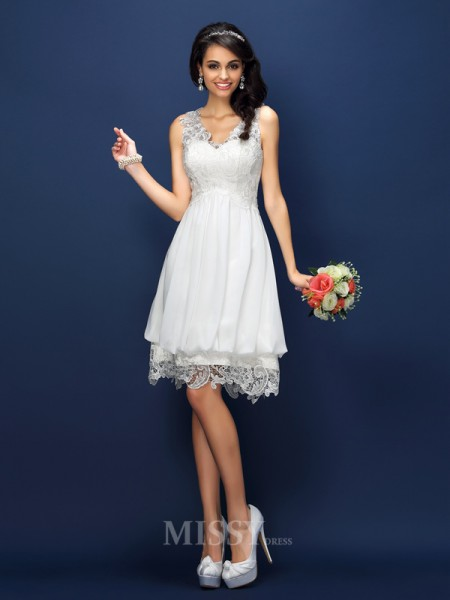 A-Line/Princess V-neck Short/Mini Lace Bridesmaid Dress With Sash Lace