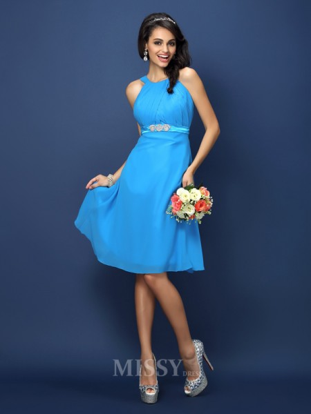 A-Line/Princess Bateau Knee-Length Chiffon Bridesmaid Dress With Ruched