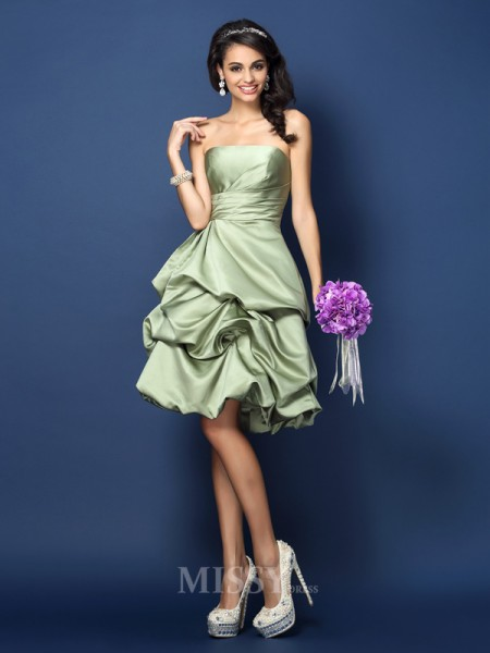 A-Line/Princess Strapless Knee-Length Satin Bridesmaid Dress With Beading Ruched