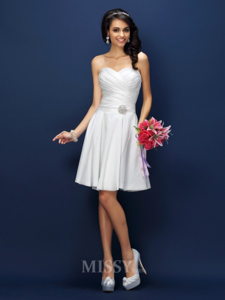 A-Line/Princess Sweetheart Short/Mini Taffeta Bridesmaid Dress With Ruched