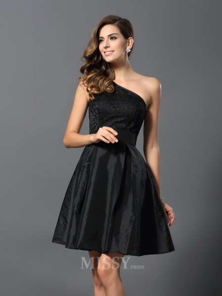 A-Line/Princess One-Shoulder Taffeta Short/Mini Bridesmaid Dress With Ruched