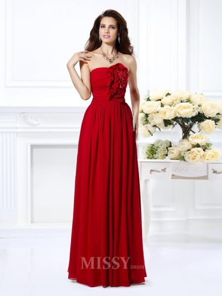 A-Line/Princess Strapless Floor-Length Chiffon Dress With Lace Hand-Made Flower