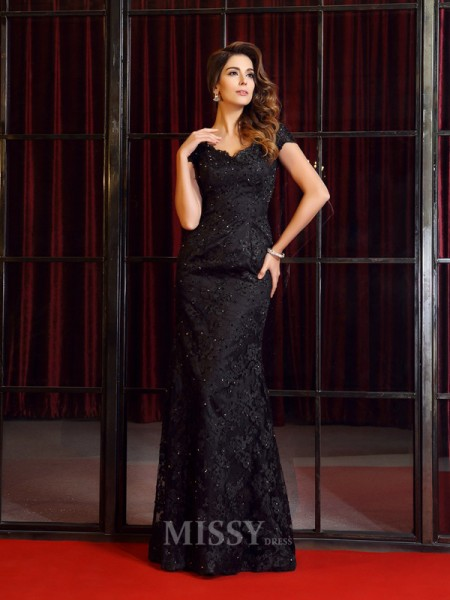 Trumpet/Mermaid V-neck Short Sleeves Lace Floor-Length Dress With Applique