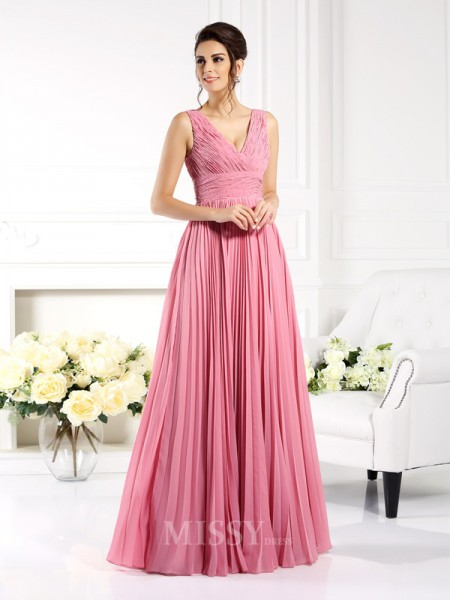A-Line/Princess Sweetheart Pleats Floor-Length Chiffon Dress With Applique
