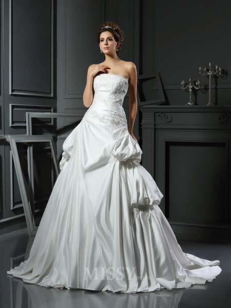 Ball Gown Strapless Satin Chapel Train Wedding Dress With Beading Applique
