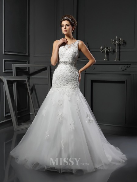Sheath/Column Scoop Net Court Train Wedding Dress With Pleats Applique
