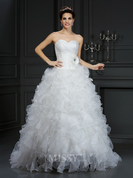 Ball Gown Sweetheart Court Train Organza Wedding Dress With Applique
