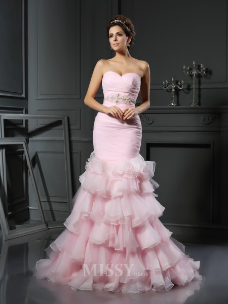 Trumpet/Mermaid Sweetheart Organza Chapel Train Wedding Gown With Ruched Beading