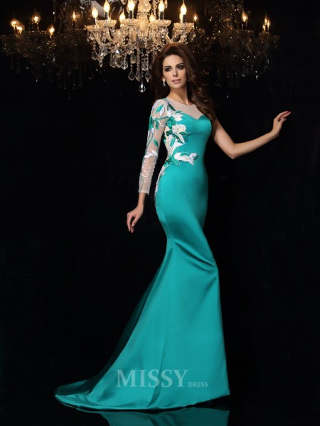 Trumpet/Mermaid Scoop Beading Court Train Satin Dress With Embroidery