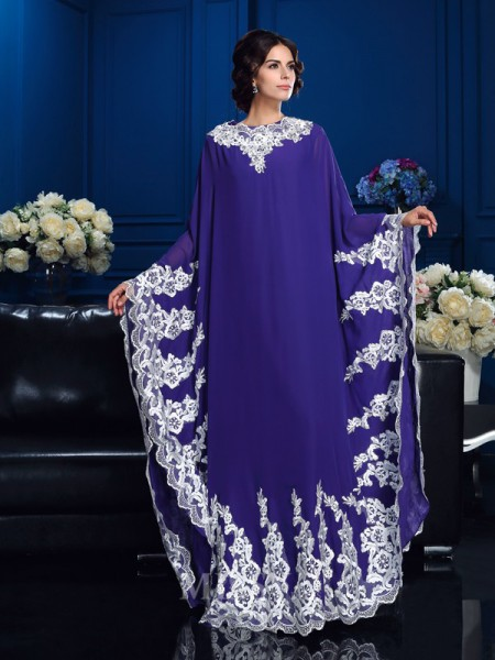 A-Line/Princess Scoop Long Sleeves Floor-Length Chiffon Mother Of The Bride Dress With Ruched Applique