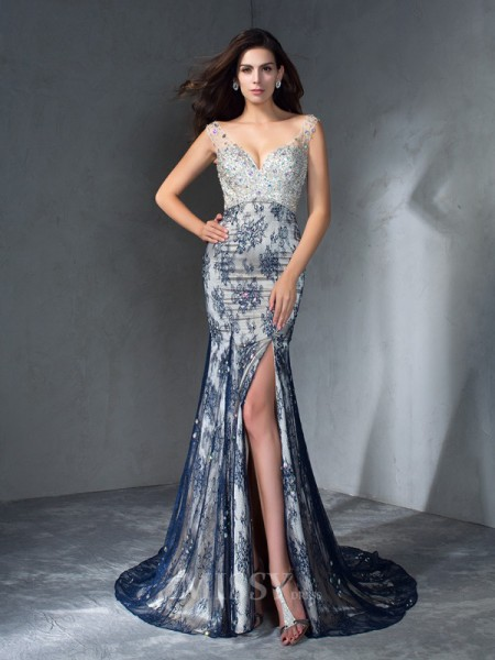 Trumpet/Mermaid V-neck  Sweep/Brush Train Lace Dress With Lace Beading