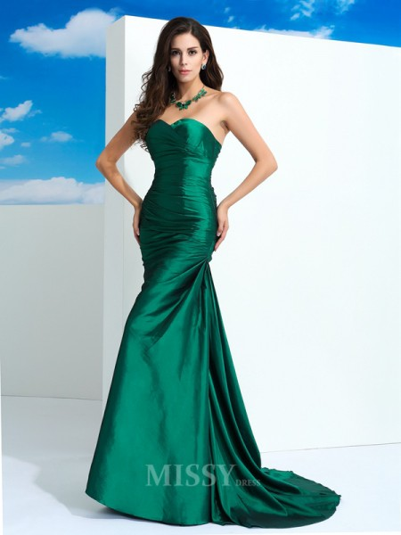 Sheath/Column Sweetheart Sweep/Brush Train Taffeta Dress With Rhinestone Pleats