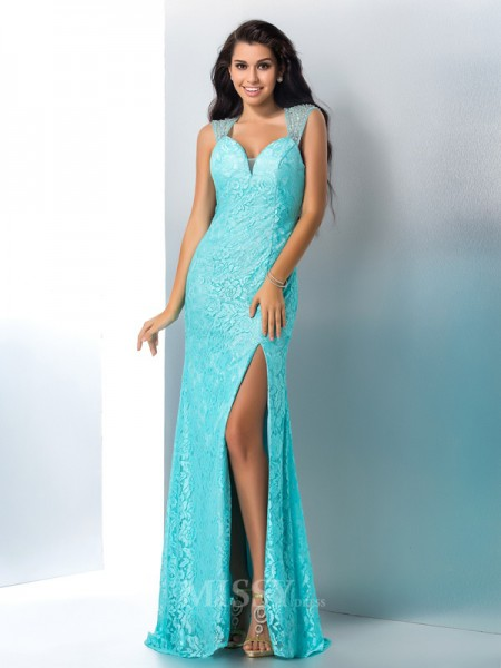 Sheath/Column Sweetheart Lace Floor-Length Gown With Ruffles