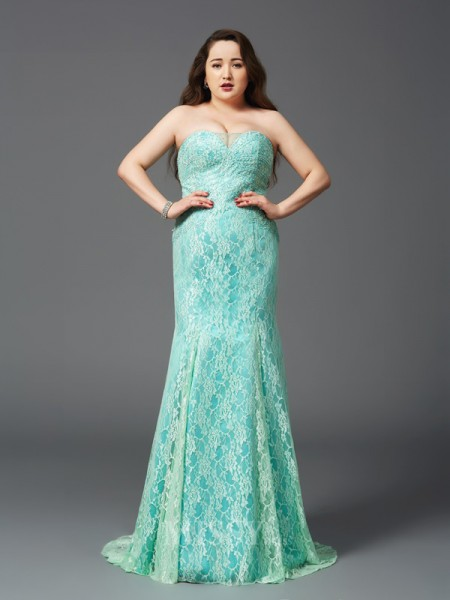 Sheath/Column Strapless Court Train Satin Lace Plus Size Dress With Applique