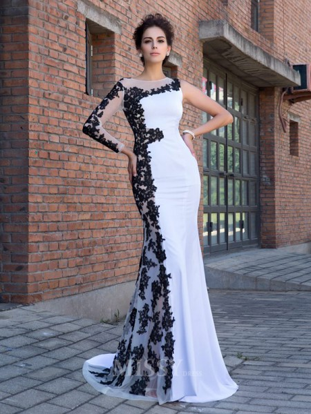 Trumpet/Mermaid Scoop Long Sleeves Chiffon Sweep/Brush Train Dress With Lace Applique