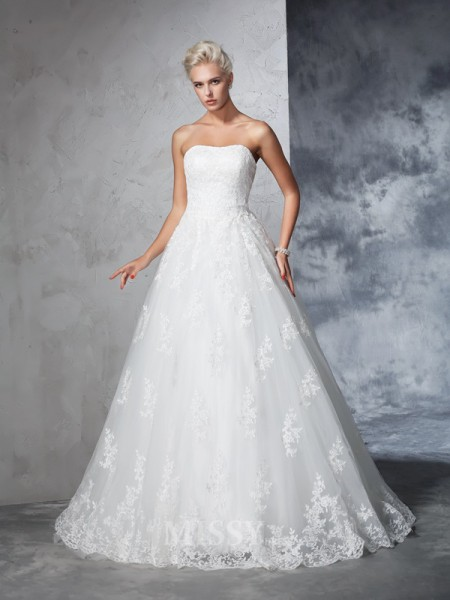 Ball Gown Lace Strapless Court Train Wedding Gown With Applique