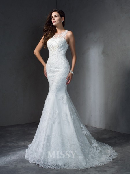 Trumpet/Mermaid Scoop Court Train Lace Wedding Dress With Beading Applique