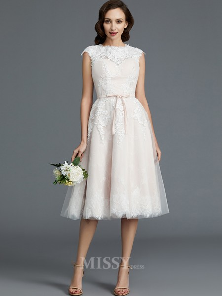 A-Line/Princess Bateau Tulle Sleeveless Knee-Length Wedding Dress