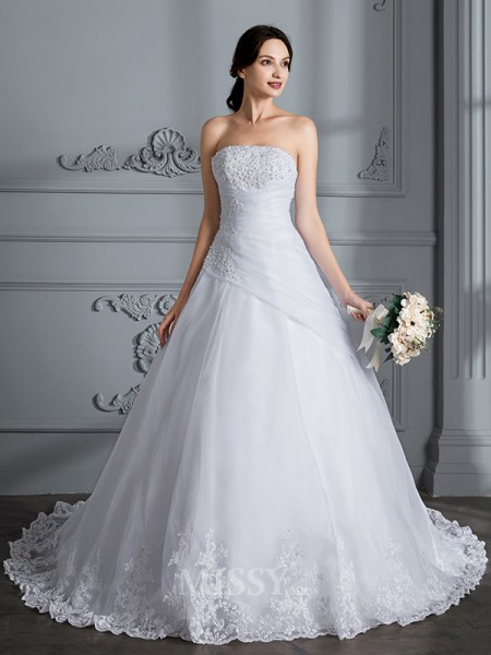 Ball Gown Strapless Organza Sleeveless Court Train Wedding Dress