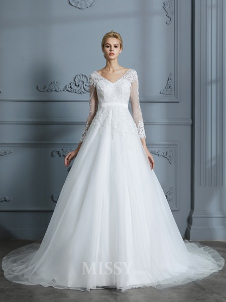 Ball Gown Long Sleeves Tulle V-neck Court Train Lace Wedding Dresses