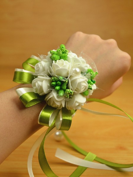 Sweet PE Wrist Wedding Party Corsage
