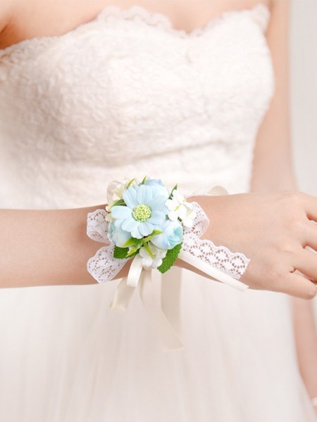 Elegant Cloth Bridal Wrist Corsage