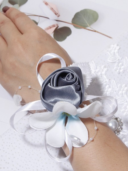 Pretty Cloth Wrist Wedding Corsage