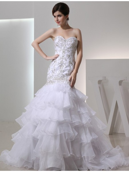 Trumpet/Mermaid Beading Embroidery Sweetheart Chapel Train Sleeveless Organza Wedding Dresses