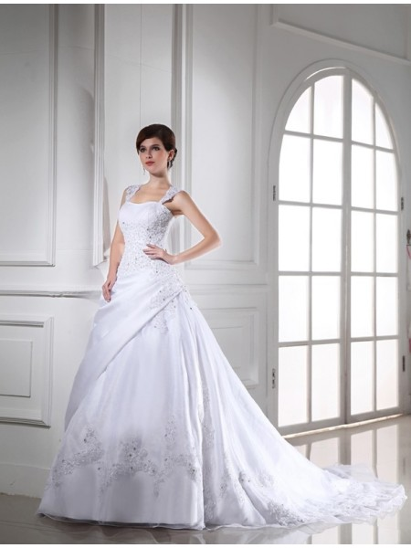 Ball Gown Beading Applique Strapless Chapel Train Sleeveless Organza Satin Wedding Dresses