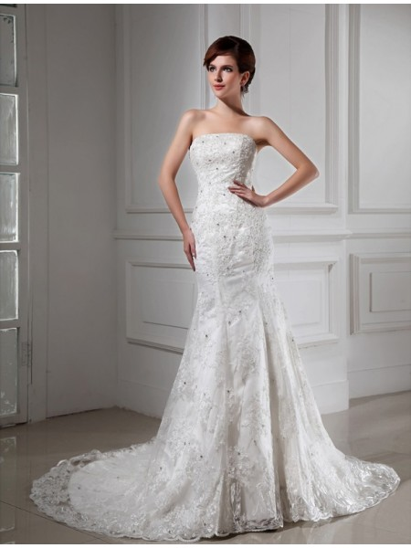 Trumpet/Mermaid Beading Strapless Chapel Train Sleeveless Satin Lace Wedding Dresses