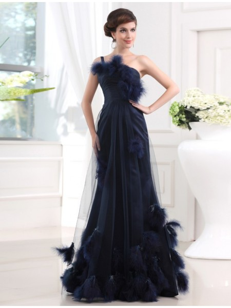 Trumpet/Mermaid Feathers/Fur One-Shoulder Floor-Length Sleeveless Satin Tulle Dresses