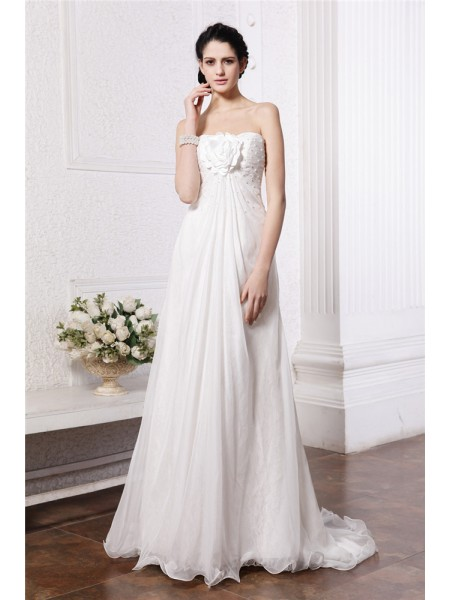 A-Line/Princess Hand-Made Flower Beading Strapless Sweep/Brush Train Sleeveless Chiffon Wedding Dresses