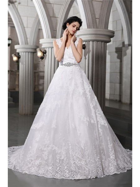 A-Line/Princess Beading Applique V-neck Chapel Train Sleeveless Organza Wedding Dresses
