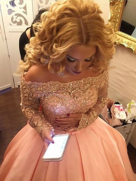 Ball Gown Satin Beading Court Train Long Sleeves Off-the-Shoulder Dresses