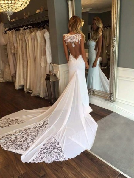 Trumpet/Mermaid Sweetheart Applique Cathedral Train Sleeveless Wedding Dresses With Lace