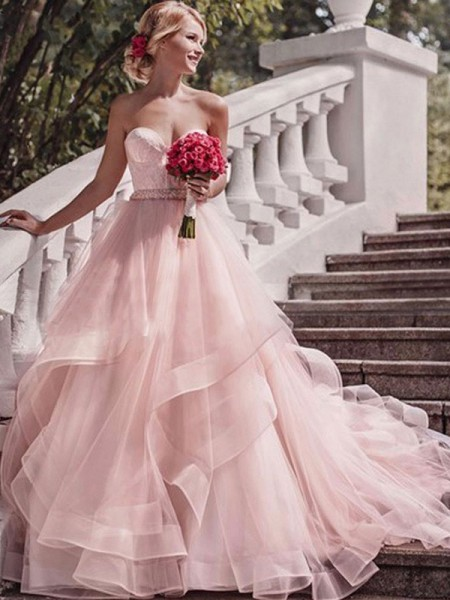 Ball Gown Sweetheart Court Train Layers Organza Sleeveless Wedding Dresses