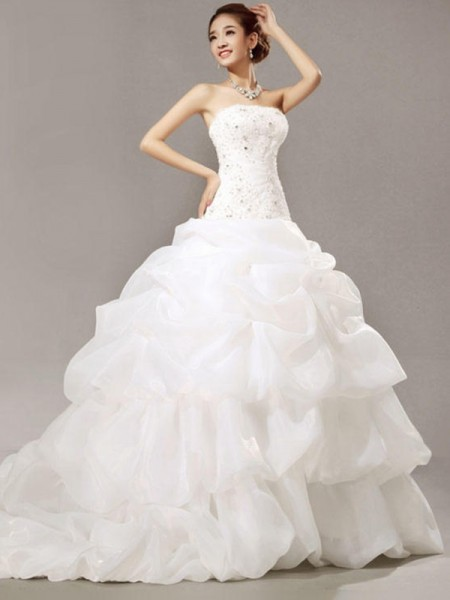Ball Gown Sleeveless Beading Strapless Cathedral Train Pleats Organza Lace Wedding Dresses