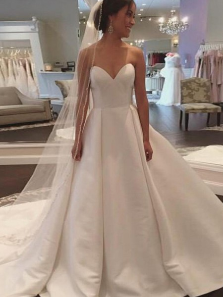Ball Gown Sleeveless Court Train Satin Sweetheart Wedding Dresses