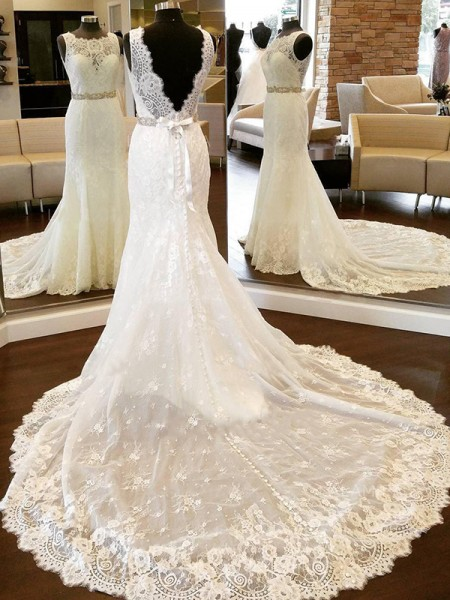 Sheath/Column Lace Scoop Bowknot Chapel Train Sleeveless Wedding Dresses